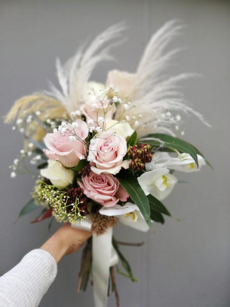 toi toi wedding bouquet