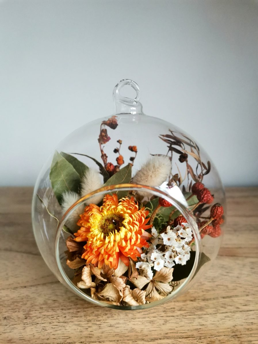 vibrant dried flowers